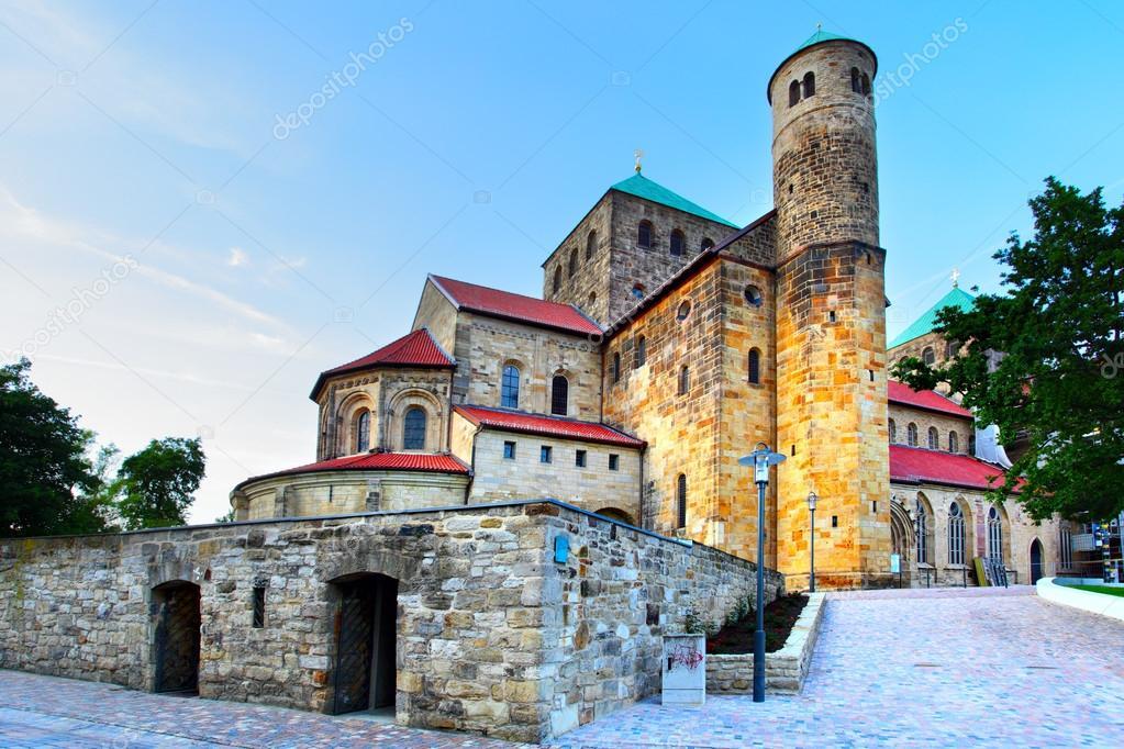 St. Michael's Church, Hildesheim — Stock Photo © Zoooom ...