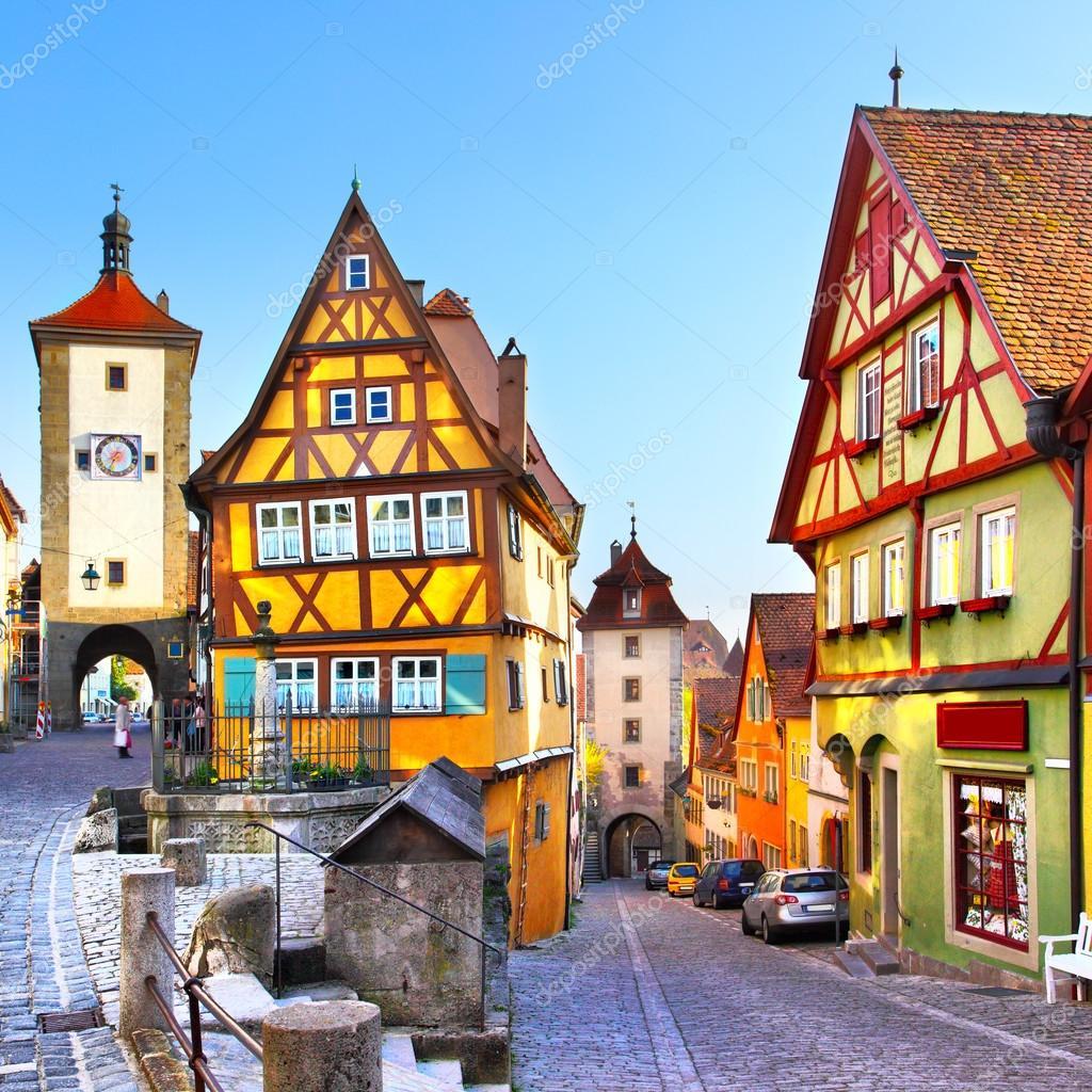 Rothenburg ob der tauber fotos de stock zoooom 29964701 - Rothenburg ob der tauber alemania ...