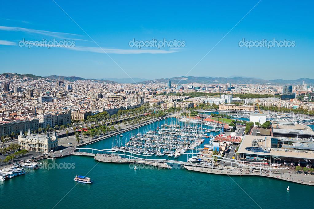 Vista a rea del barrio del puerto de barcelona espa a foto de stock valphoto 22561175 - Autoescuela 2000 barrio del puerto ...