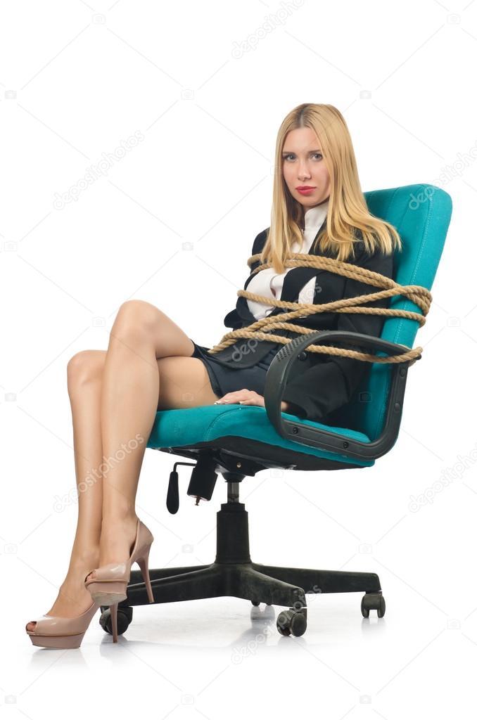 Fille Ligotée femme femme d'affaires ligotée avec une corde sur blanc
