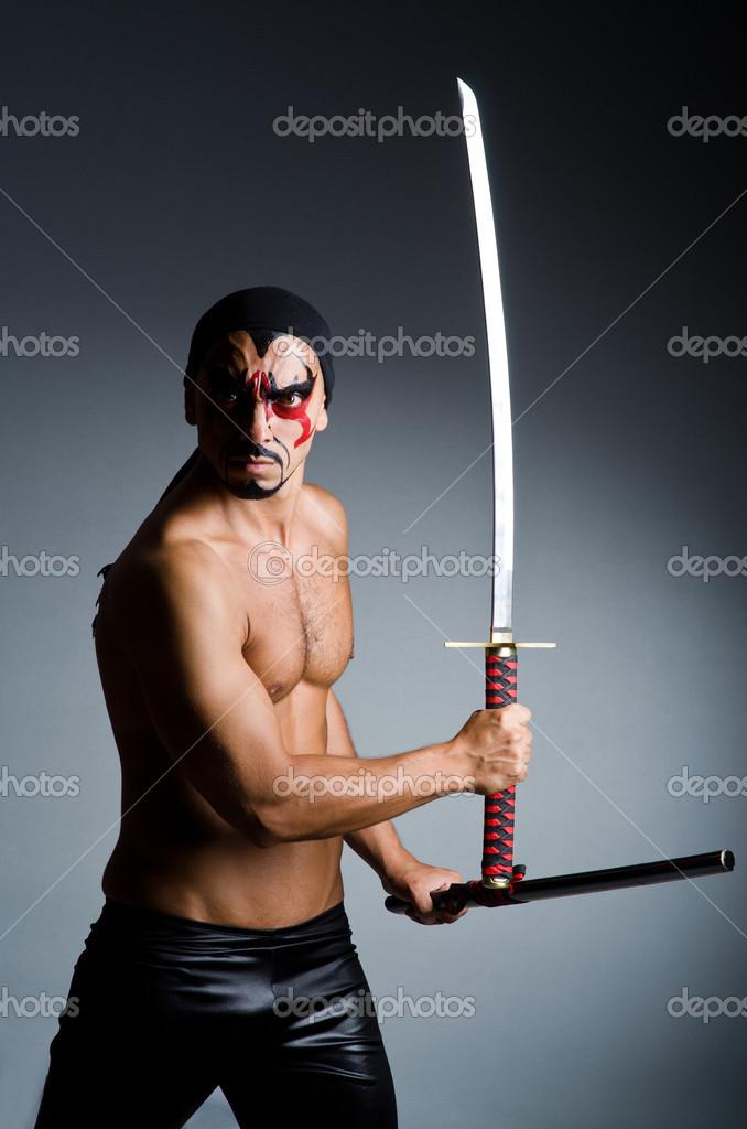 картинка полного грузного мужика с мечом блюдо, как деталь
