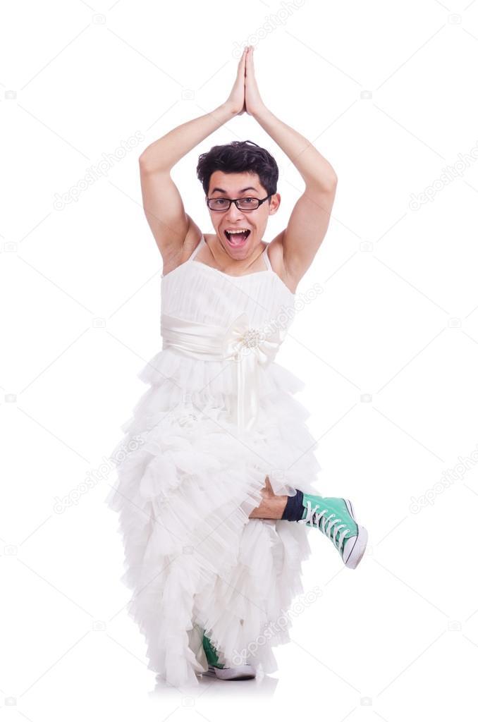 7d25da0afba8f7 Grappige Dansende man in vrouw jurk geïsoleerd op wit dragen — Foto van ...