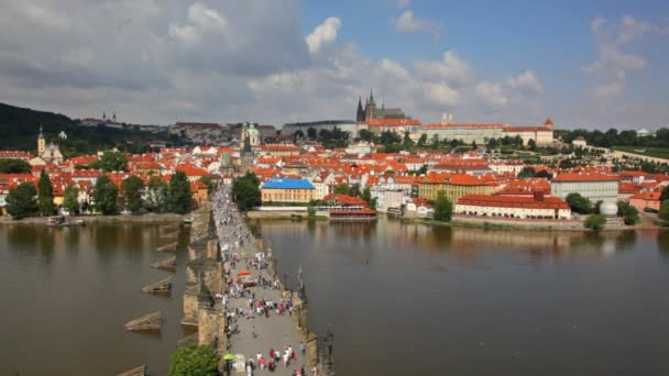 turisté na Karlův most, Praha, Česká republika