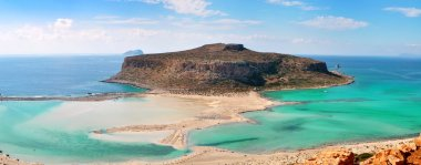 Beautiful Balosbeach with the Island Gramvousa on Crete, Greece
