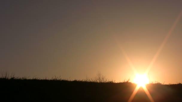 Sonnenuntergang mit Familie
