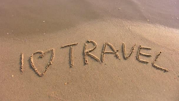 La Palabra Te Amo Escrito En La Arena: Me Encanta La Palabra Viaje En Playa