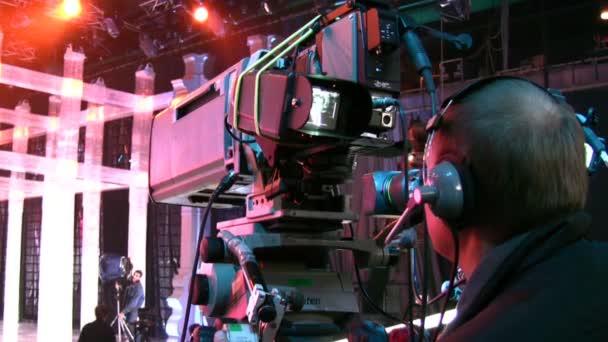 Videobearbeiter in der TV-Show