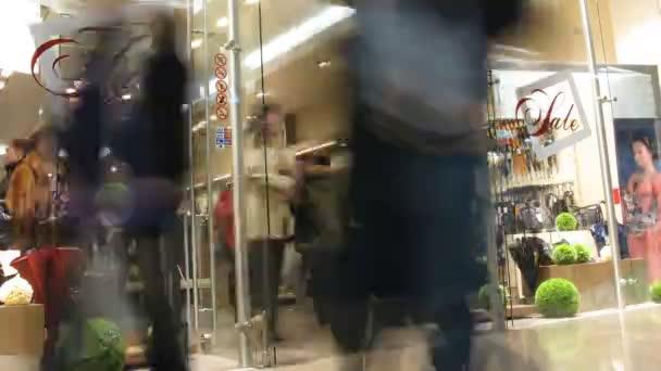 boltjában