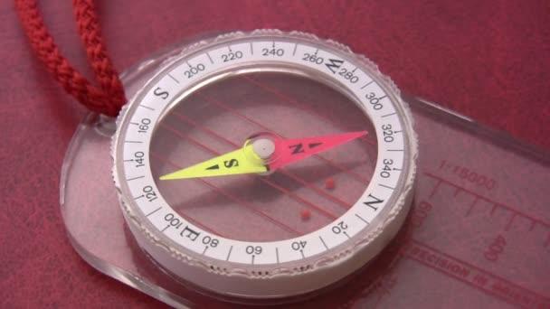Kompas se točí
