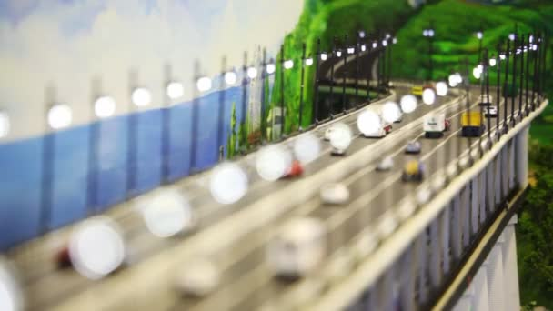 AutomóvilesAutobuses Cerca Con Automóvil De Juguete Panorama Ante Mar Las Puente Del Colinas Dibujado Y Lo Camiones dCrxtQhs