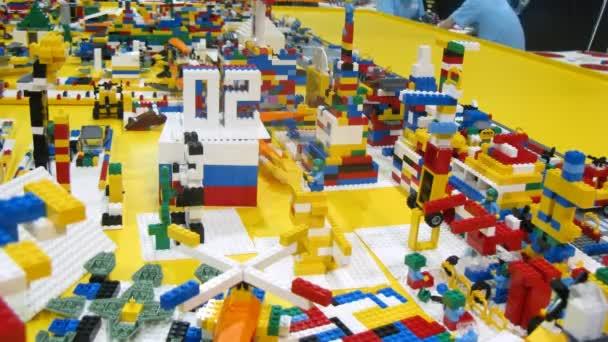 LEGO použité k sestavení roboty během robofest-2011
