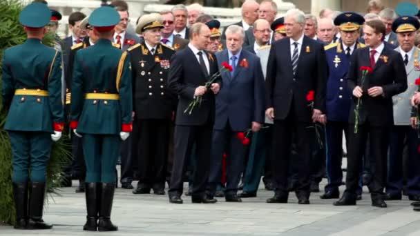 premiér Rusko v.putin stojanu s politikové a vojenští