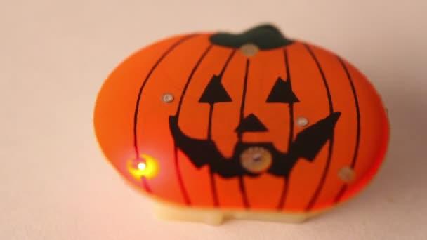 Kis játék halloween tök villog a led fény