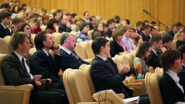 Členové první roční finanční Fórum Rusi finanční systém budoucnost po krizi