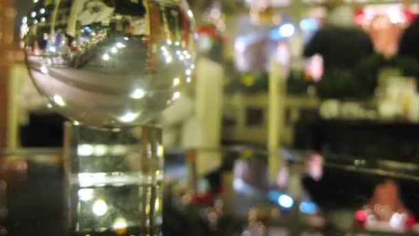 Új év inspirációk café tükröződik átlátszó labda