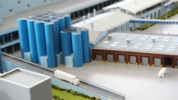 oblast pro přenos maketu mléčných továrny na stole