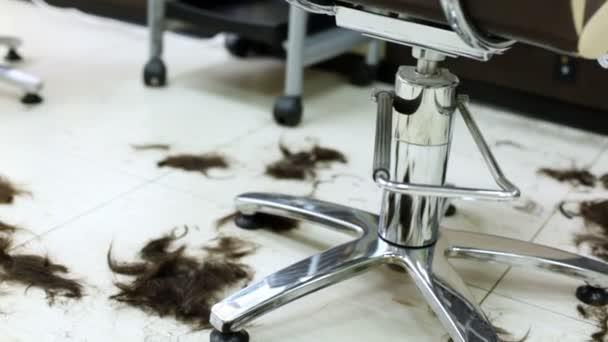 Fekete haja hazugság emeleten halommemória-fodrászat