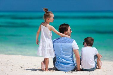 Father and kids on summer vacation