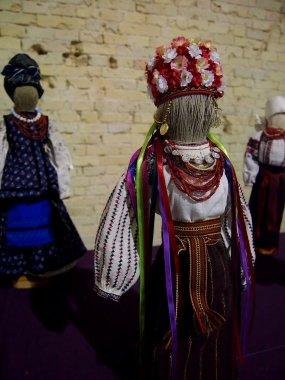 Reeled dolls in Ukrainian style