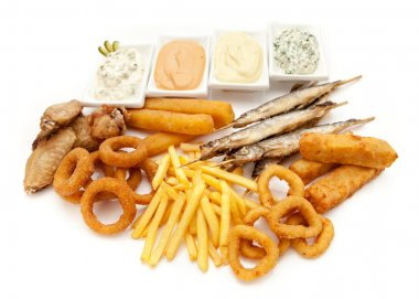 fried snacks and dip