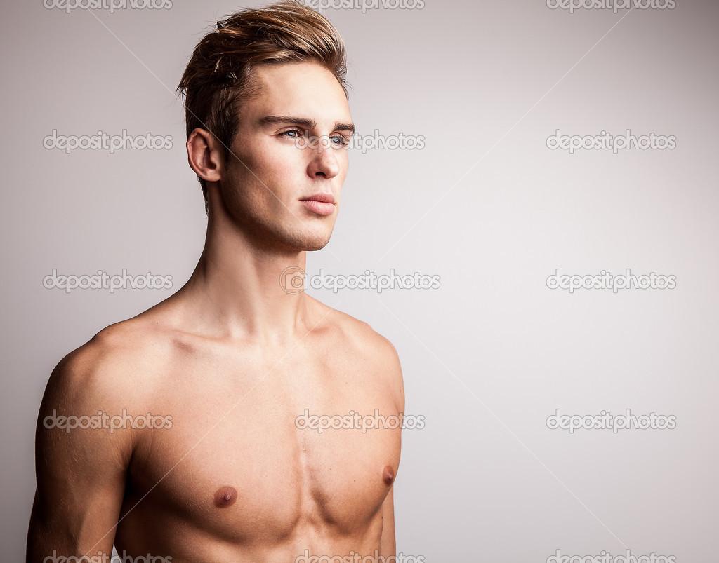 je nahý model tuk Gay sex rúrky
