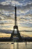 La tour Eiffel - Winter-Sunrise in Paris am Eiffelturm