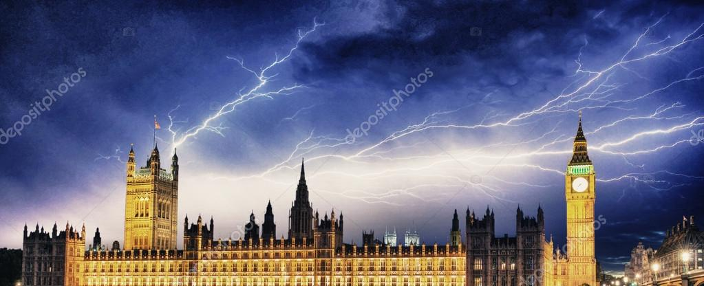 Storm Over Big Ben And House Of Parliament London Stock Photo