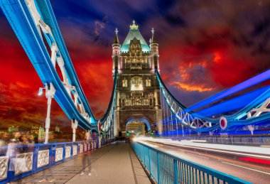 Storm over Tower Bridge at night - London