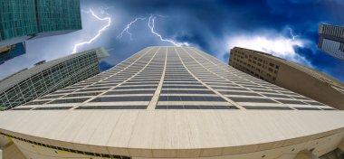 new york city gökdelen üzerinde fırtına