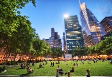 NEW YORK - MAY 17: People enjoying a nice evening in Bryant Park.