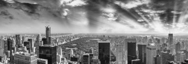 Panoramic aerial view of Central Park and surrounding buildings