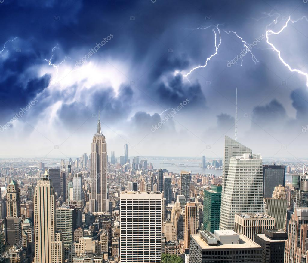 Storm and lightning in New York City