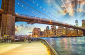 Fotografia Parco del ponte di Brooklyn, new york
