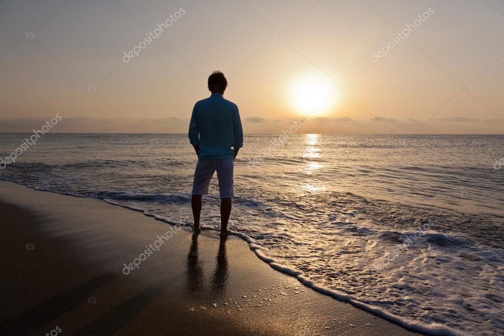 La imagen se tomó en una famosa y turística playa tailandesa
