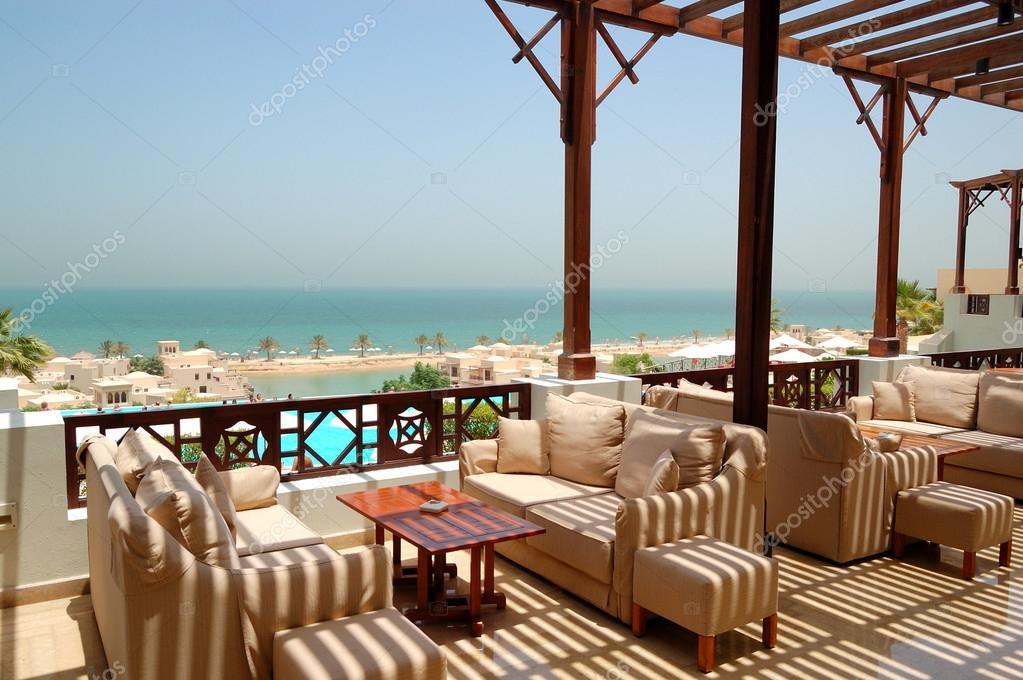 海を望むテラスで高級ホテル, ラ...