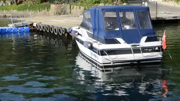 Akdeniz Türk resort, marmaris, Türkiye pier yakınındaki Motorlu tekne