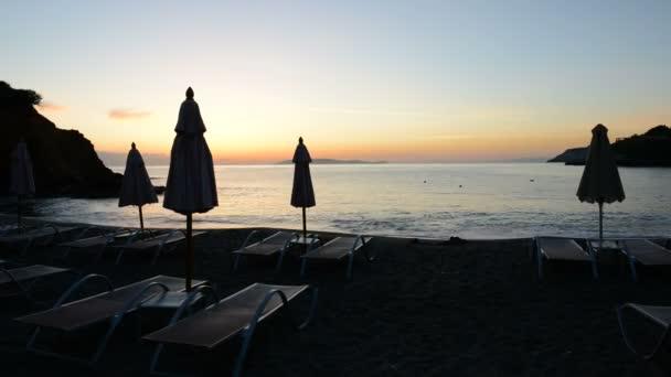 timelaps slunce a pláže na luxusní hotel, Kréta, Řecko
