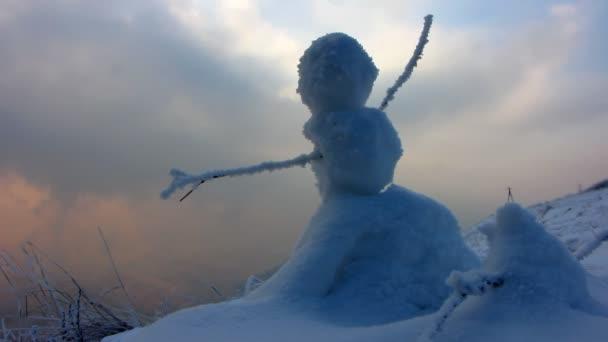 Zimní krajina s mlhou