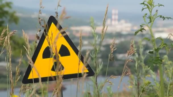 radiace, výstražný symbol.