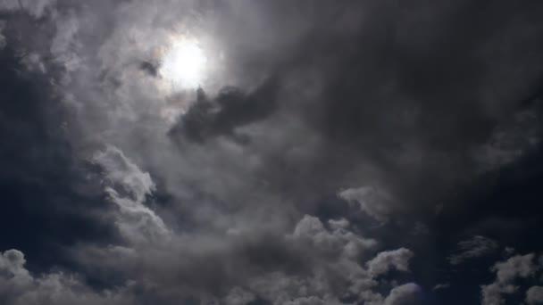 časová prodleva rychle se měnící dramatické Quinault