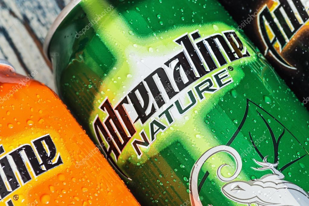 verschiedene Energie-Getränke-Adrenalin-Kick — Redaktionelles ...