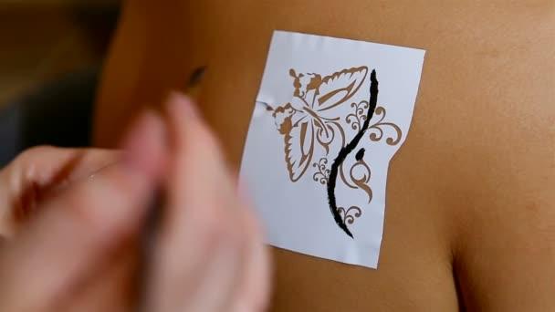Indyjskie Tradycyjne Tatuaże Henną Wideo Stockowe Fedorov 24411643