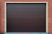 barna garázs kapu.