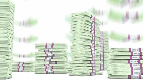 100 euro svazky hromádky padají