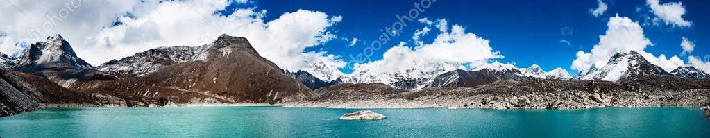 Himalaya panorama: sacred lake near Gokyo and Everest summit