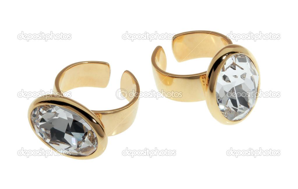 dva pozlacené prsteny s zirkonů — Stock Fotografie © avevstaf  40599587 2d4828ee15