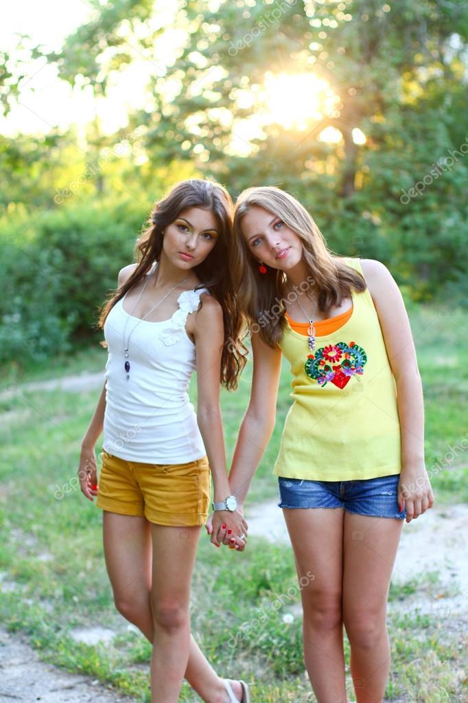 2 pretty girls find a solution to boredom 7