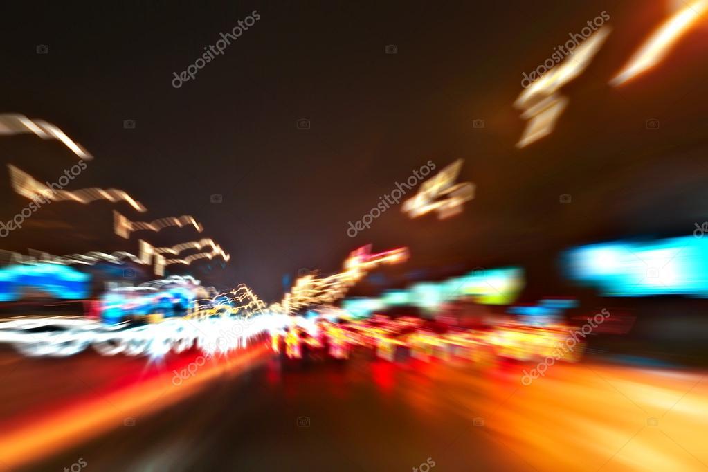 Imágenes Carros Con Luces De Neon En Movimiento Perspectiva Y