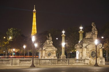 Place de la Concorde by night with the Eiffel Tower