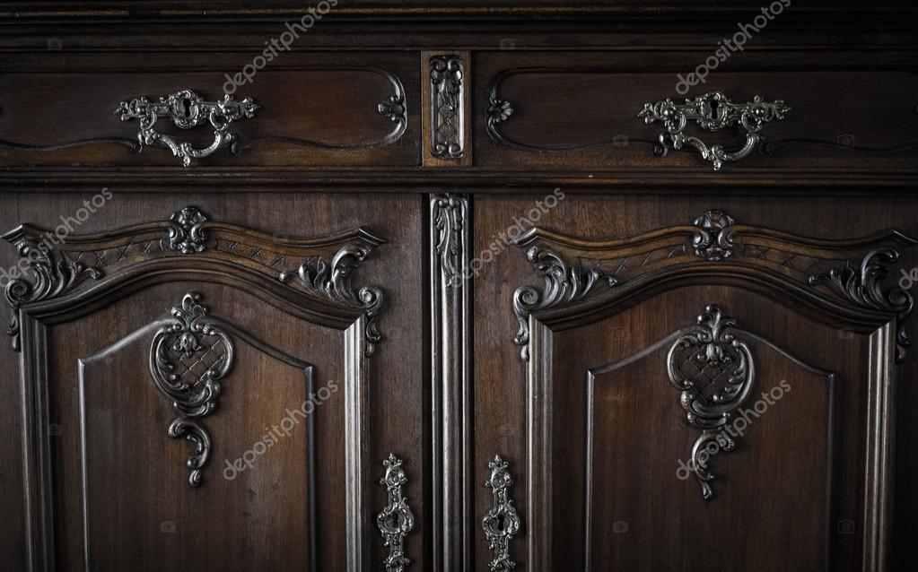 Topnotch Stara komoda z szufladami — Zdjęcie stockowe © nejron #51455105 NO69